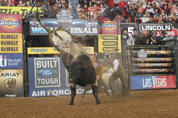 0bdfcf870bd79 Slash - The Canadian Icon — The Professional Bull Riders