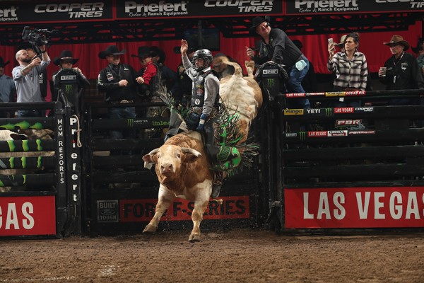 PBR Unleash The Beast Preview – Chicago — The Professional