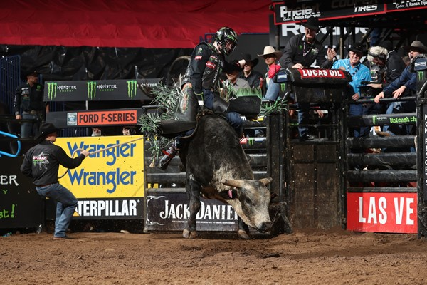c2a910d8 Byrne Fifth in Oklahoma City — The Professional Bull Riders